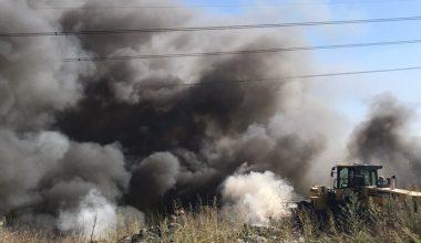 Çöplükteki yangın korkuttu! Duman gökyüsünü kapladı…