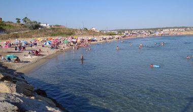 Saros plajlarında bazı tatilciler salgın tedbirlerini hiçe sayıyor!