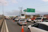 Anadolu Otoyolu'nda otomobil kamyona çarptı: 1 ölü, 4 yaralı