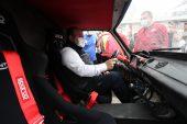 Bakan Varank, Elektrikli Araç Yarışları'nın startını verdi