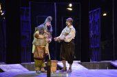 """Bursa Şehir Tiyatrosu """"Venedik Taciri"""" oyunu ile yeni sezonu açtı"""