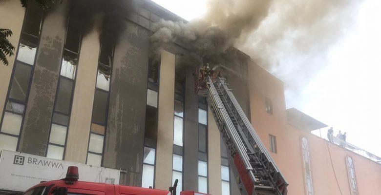 Mobilya fabrikasında yangın!