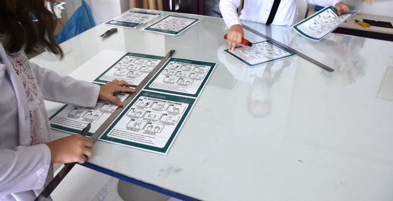 Meslek lisesinde 21 il için Kovid-19 bilgilendirme materyali üretildi