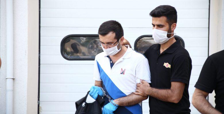 Belediyeyi zarara uğratanlar tutuklandı