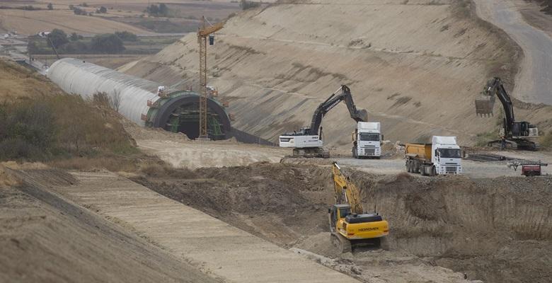 """Halkalı-Kapıkule """"hızlı"""" demir yolu hattının yapımı sürüyor"""