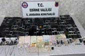 3 Suriyeli, göçmenlerin para ve eşyalarını gasbettikleri iddiasıyla yakalandı