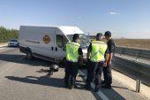 Edirne'de kaza… Yol kenarında bekleyen araca çarptı!