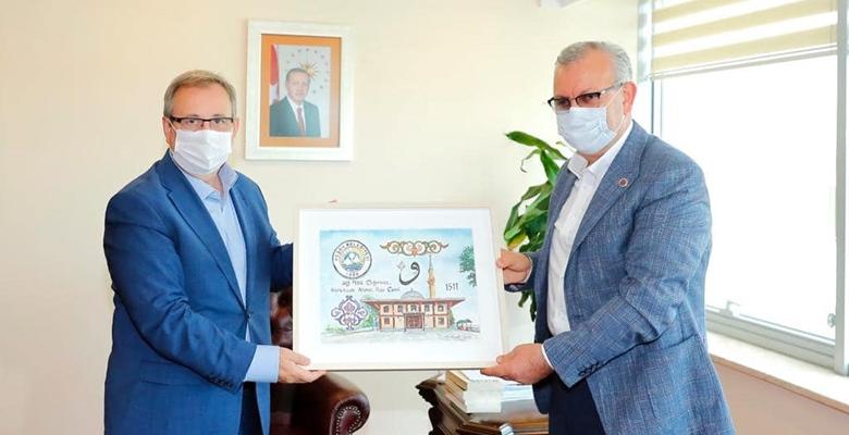 Helvacıoğlu'ndan Üniversite yönetimine ziyaret… Keşan'ı konuştular…