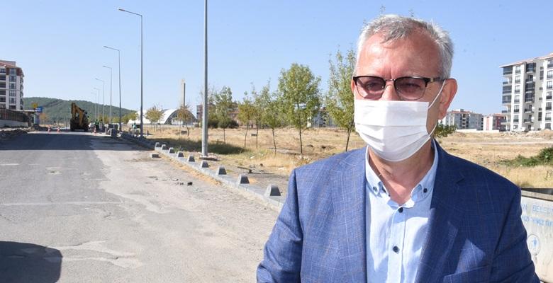 """Başkan Helvacıoğlu; """"Yolları gündemden düşüreceğiz"""""""