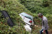 Dere yatağına devrilen otomobildeki 1 kişi öldü, 2 kişi yaralandı