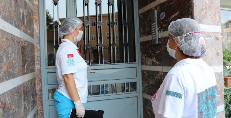 Kocaeli'de risk grubundaki hastalar sağlık hizmetlerini evlerinde alıyor