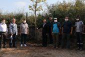 Prof. Dr. Dursun'un kaza yaptığı alandan alınan toprak mezarına bırakıldı