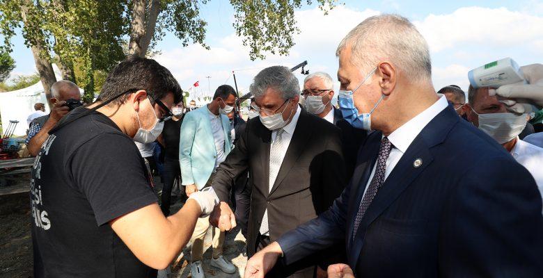 Sakarya Peyzaj ve Süs Bitkiciliği Festivali'nde 200 kişiye tıbbi kontrol yapıldı