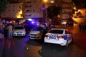 Silahlı çatışmada kurşunlar polis aracına isabet etti