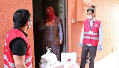 Sultanbeyli Kaymakamlığı, koronavirüs mücadelesinde vatandaşa destek oluyor