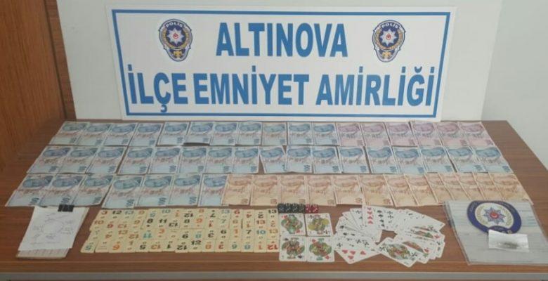 Kumar oynanan dernek lokalindeki 14 kişiye para cezası