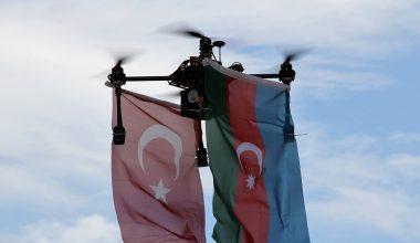Azerbaycan'a destek için bayraklı drone uçuşu etkinliği