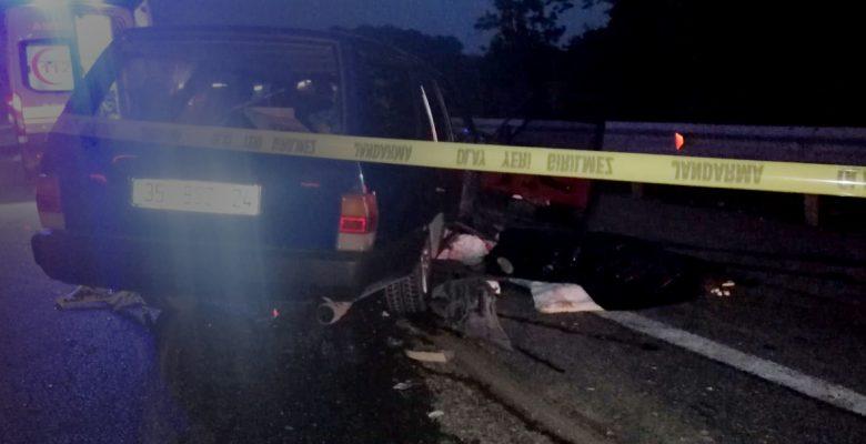 Tıra arkadtan çarptı: 1 ölü, 4 yaralı
