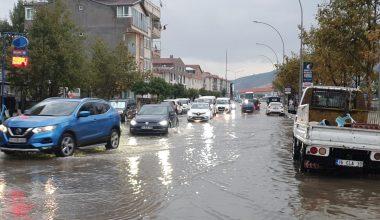 Bursa'da sağanak ve dolu yağışı etkili oldu