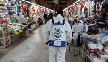 Edirne'de çarşılara dezenfekte…