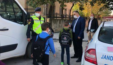 Edirne'de kurallara uymayan 10 okul servisi sürücüsüne para cezası