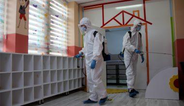 Edirne'de okullar Kovid-19 tedbirlerine göre eğitime hazırlanıyor