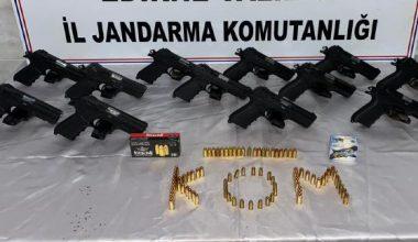Edirne'de silah kaçakçılığı operasyonunda 12 tabanca ele geçirildi