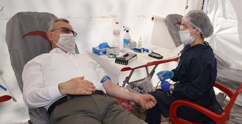 Keşan Belediyesi kan bağış kampanyasında kurumlara meydan okudu