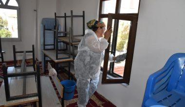Keşan'daki camiler Kovid-19'a karşı temizleniyor