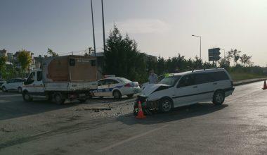 Otomobille kamyonet çarpıştı… 1 yaralı