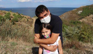 Lösemi hastası 9 yaşındaki Deren uygun ilik bekliyor