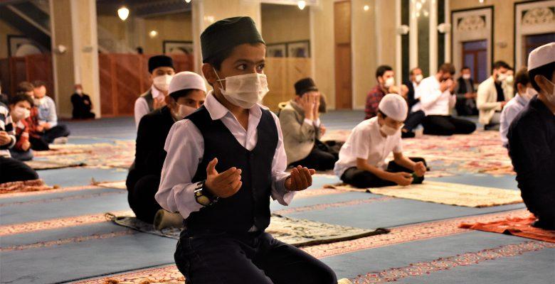Bilecik'te Mevlit Kandili dualarla idrak edildi
