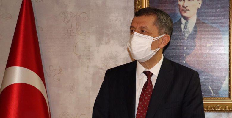 Milli Eğitim Bakanı Selçuk, gazetecilerin sorularını yanıtladı