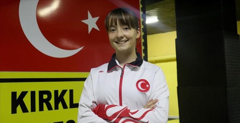"""Kırklareli'li Milli sporcu tekvandoda """"en iyi isim"""" olmak istiyor"""