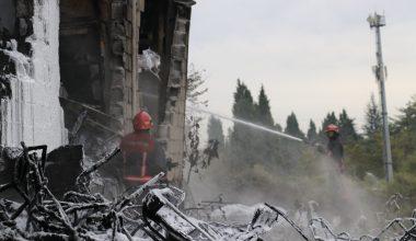 Kauçuk fabrikasında çıkan yangın söndürüldü