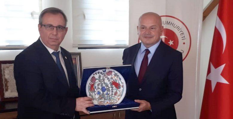 Tabakoğlu, Türkiye'nin Prizren Başkonsolosu Özaydın'ı ziyaret etti