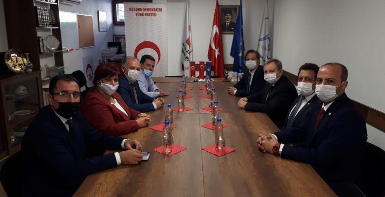 Tabakoğlu, Kosova Demokratik Türk Partisi Genel Başkanı Fikrim Damka'yı ziyaret etti
