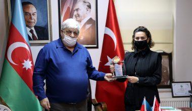 """Azerbaycanlı sanatçı Azerin: """"Dağlık Karabağ'da elde edilen zafer tarihe altın harflerle yazılacak"""""""