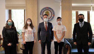 Bilecik Valisi Şentürk, Çocuk Hakları İl Komitesi'ni kabul etti