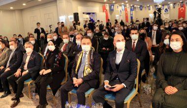 Babacan, partisinin Tekirdağ İl Kongresine katıldı