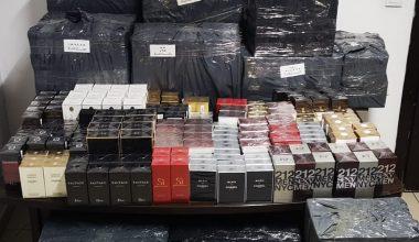 Şüphe üzerine durdurulan araçta, 2736 adet kaçak parfüm…!