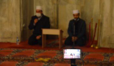 Eski Cami'de Atatürk ve şehitler için mevlit okutuldu