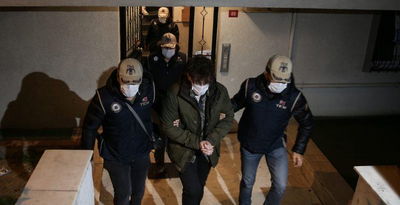 İstanbul merkezli 14 ilde FETÖ'nün TSK yapılanmasına operasyon