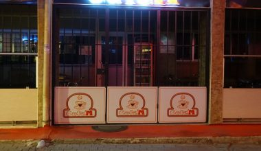 Trakya'da koronavirüs tedbirleri kapsamında saat 22.00'den sonra işletmeler kapatıldı