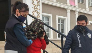 Hırsızlık yaparken suçüstü yakalanan 3 kadın tutuklandı