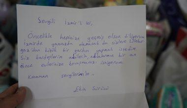 10 yaşındaki Ekin İzmir'e gözyaşları içinde maske bağışı