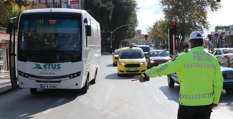 Edirne'de trafiğe kayıtlı araç sayısı 164 bini geçti