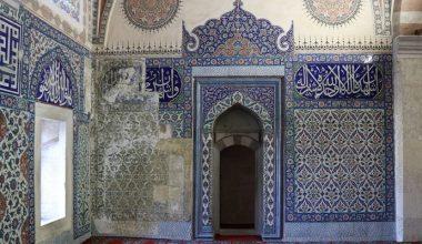 Selimiye Camii hünkar mahfili çinilerinin Rusya'dan Türkiye'ye getirilmesi için çalışma başlatıldı