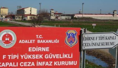 CHP heyeti, eski HDP Eş Genel Başkanı Demirtaş'ı cezaevinde ziyaret etti