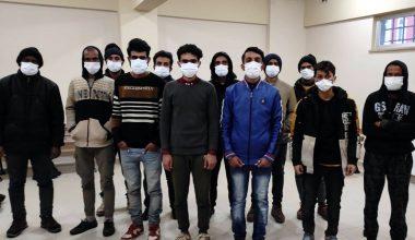 Kocaeli'de 12 göçmen yakalandı